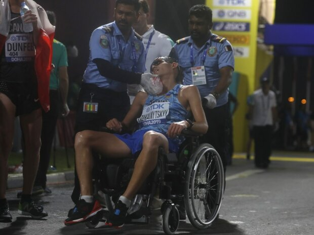 Чемпионат мира закончился для украинца в инвалидной коляске: свалился после финиша