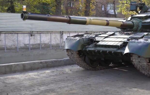 """ВСУ провезли бокал коньяка на кончике ствола танковой пушки – наш ответ на """"пивной тест"""" немцев"""
