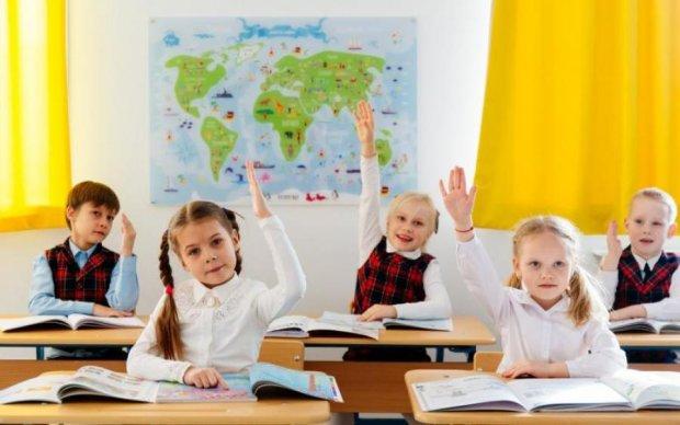 Собираем ребенка в школу: украинцам рассказали, как правильно сэкономить