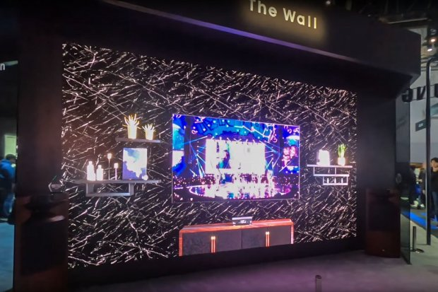 The Wall Luxury