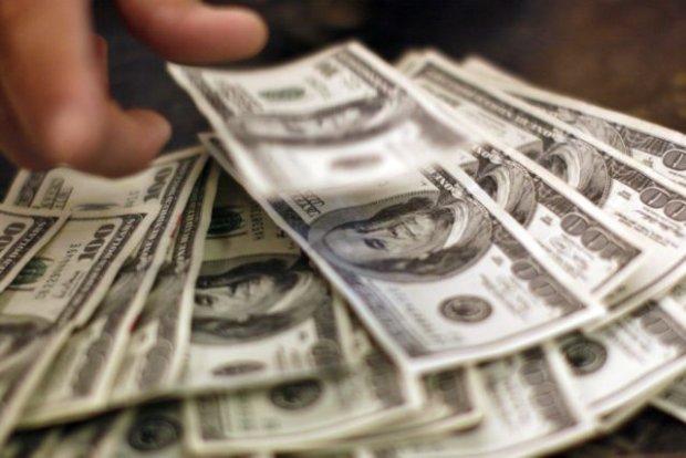 Страшні прогнози збуваються: українцям розповіли, чого очікувати від долару