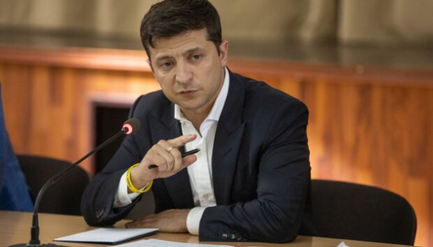 Володимир Зеленський дезінформує інформацією про зменшення обстрілів на Донбасі