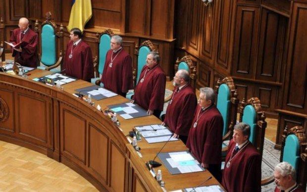 Українцям розповіли, хто тепер заправляє в суді
