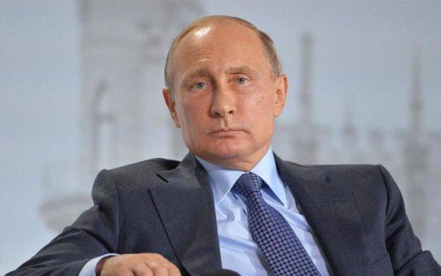 """""""Майн Кампф"""" та методичка Гебельса: росіянин розповів про улюблені книжки Путіна"""