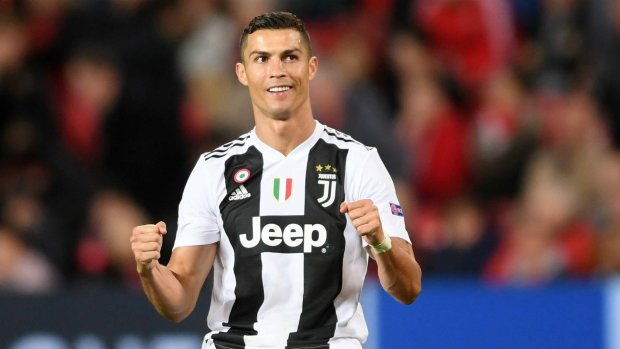 Роналду святкує день народження: відео найкращих голів португальця