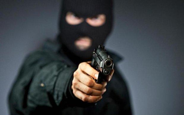Безопасность на уровне: в отеле Hyatt Regency Kiev грабят среди бела дня