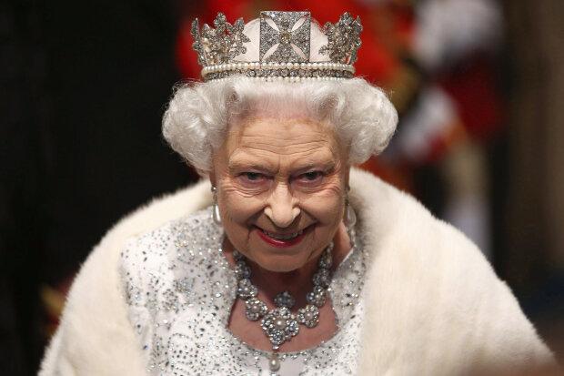 Меган Маркл із братом пограбували Букінгемський палац через пиво: під прицілом корона Єлизавети II