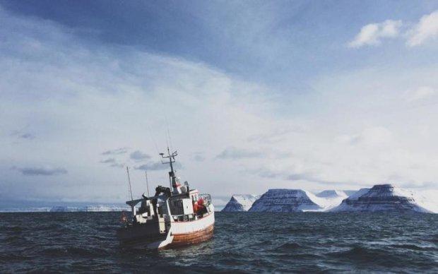 Корабель дивом врятувався від найнебезпечнішого монстра глибин, але встиг його сфотографувати