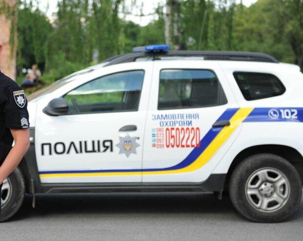 В Киеве схватили изверга, который годами избивал старенькую мать - пенсия шла на водку