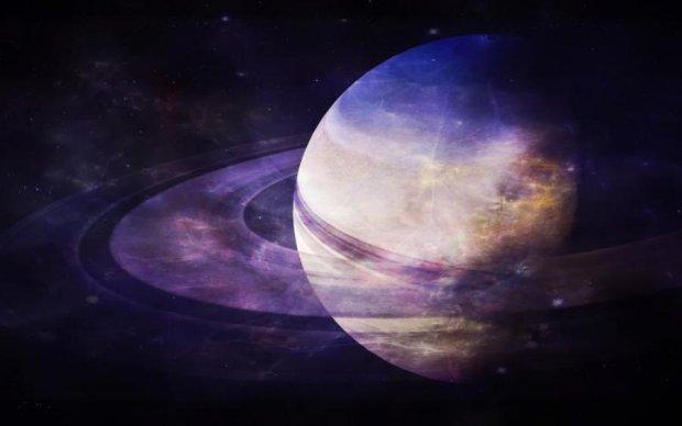 NASA показало заворожуючі фото урагану на Сатурні