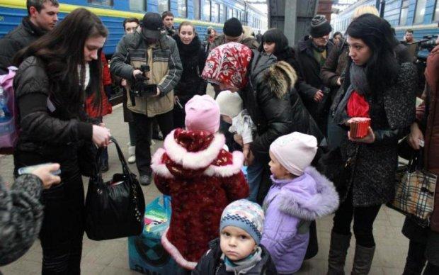 Стыдно быть россиянами: сбежавшая в Украину семья поделилась новым разочарованием