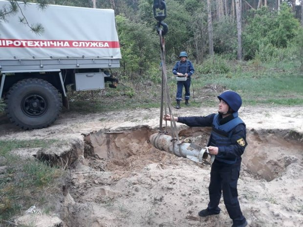 Метрова бомба з розльотом на кілометр рознесе Тернопіль у будь-який момент