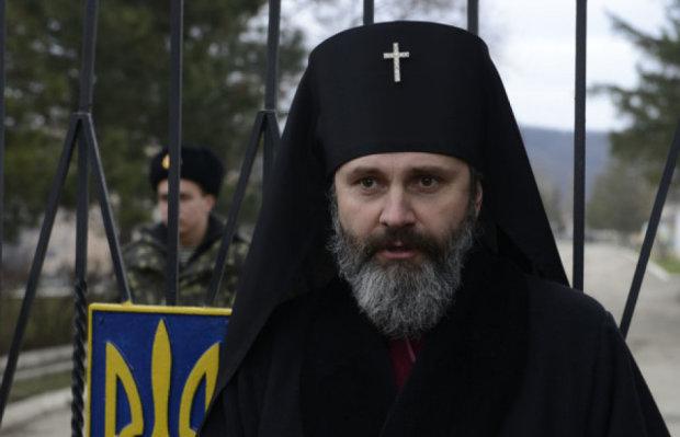 """Путін влаштував """"облави"""" на кримські церкви, єпископ не витримав: дійшов до Порошенка"""