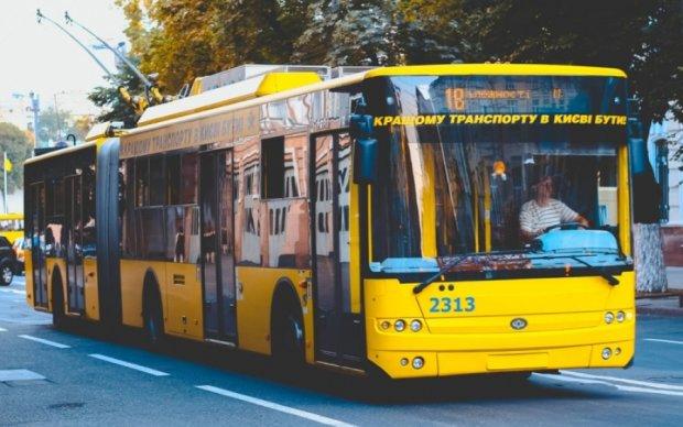 Завтра столичні тролейбуси змінять графік роботи