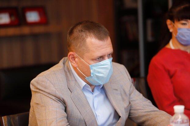 """Філатов пішов """"війною"""" на Генпрокуратуру через сміттєві баки: """"Сепаратисти, терористи і наркоторговці"""""""