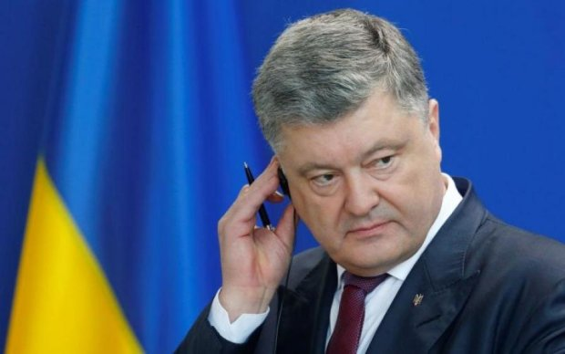 Порошенко помилує російських диверсантів і злодіїв