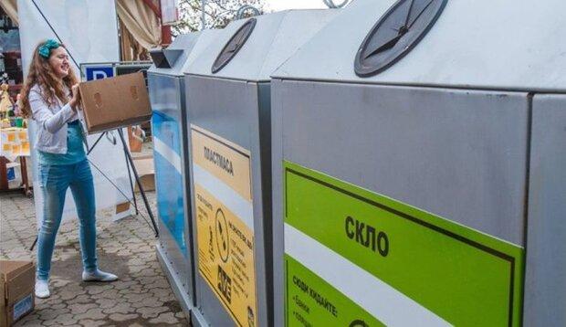 """Київ """"нашпигували"""" новими контейнерами для сортування сміття, де знайти"""
