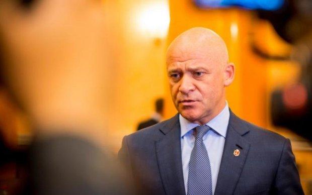 Денег нет: отношение одесситов к Труханову показали одним фото