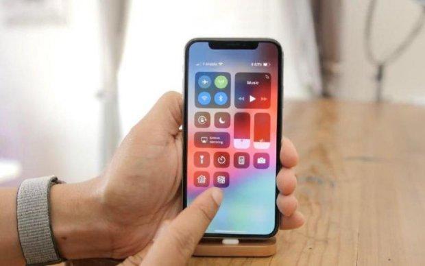 Завантажити iOS 12 на iPhone: покрокова інструкція