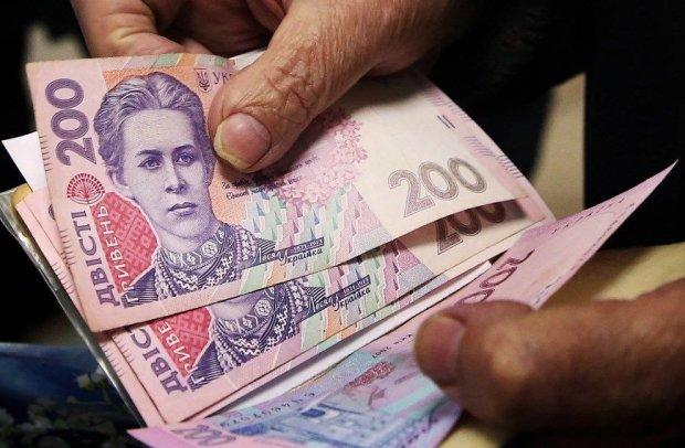 З 1 січня українцям перерахують пенсії: кого чекає новорічний подарунок, а хто залишиться з носом