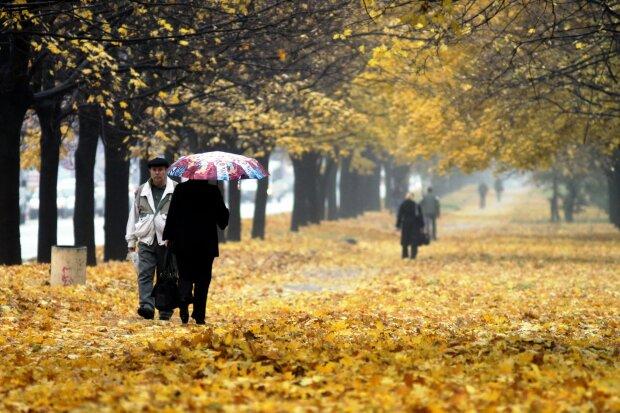 Погода на кінець тижня: холодний дощовий фронт торкнеться кожного українця
