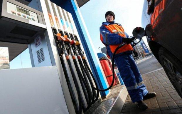 Ціни на бензин і паливо додадуть головного болю українцям