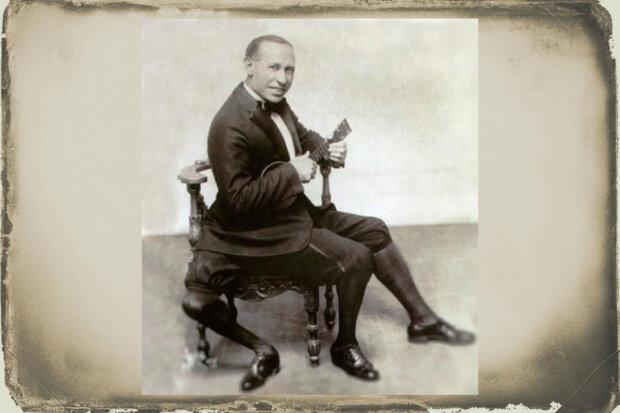 Френк Лентіні - людина, народжена з трьома ногами, архівне фото