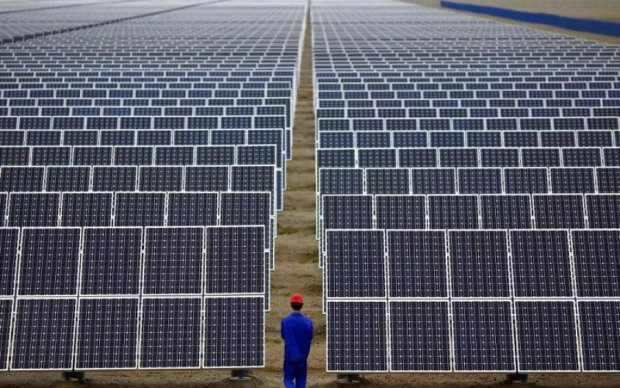 За рік кількість сонячних панелей зросла на третину