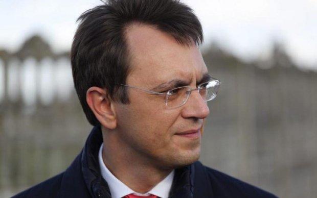 Омелян оправдался, почему решили рожать не в Украине