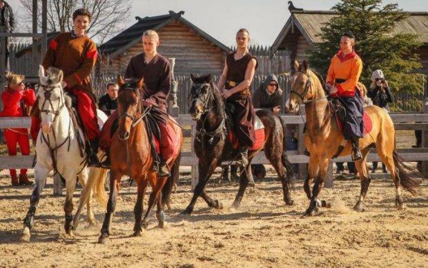 Колекція коней чекає гостей під Києвом