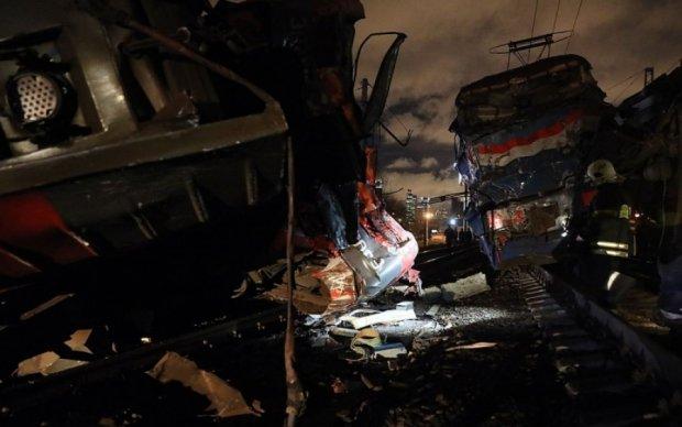 Жуткая железнодорожная катастрофа под Москвой: полсотни раненых
