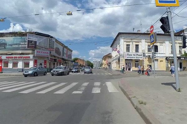 Харків'яни втрачають колеса на ходу, дикий екстрим на дорозі потрапив на відео
