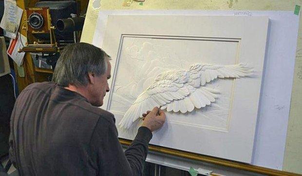 Канадець створює реалістичні скульптури з паперу (фото)