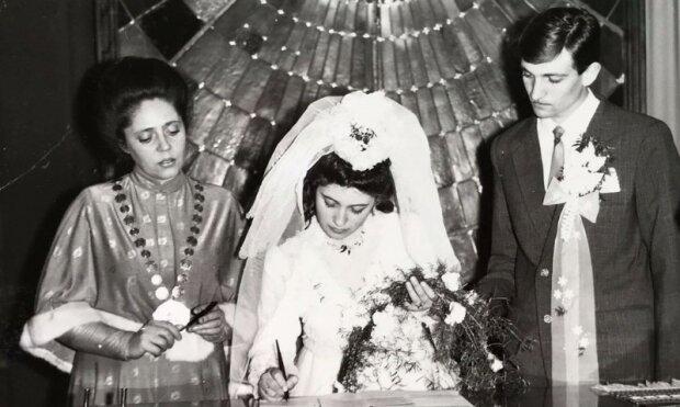 Одруження в Палаці Потоцьких, 1988 рік. Фото з особистого архіву журналістки Львівського порталу