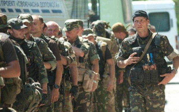 Під Києвом цілий поліцейський полк підняли по бойовій тривозі