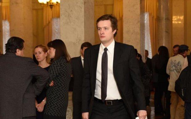 """Сын Порошенко научится """"большой политике"""" за счет украинцев"""
