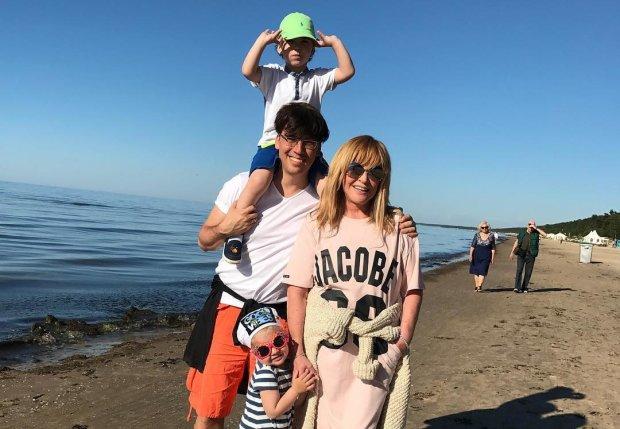 Пугачова завдала удару коханці Галкіна: у цих ніжок немає конкуренток