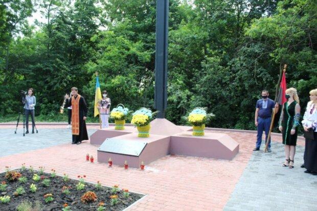 На Франковщине почтили память жертв Сталина, погибли целые семьи