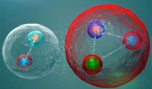 Ученые в андронном коллайдере впервые добыли пентакварк