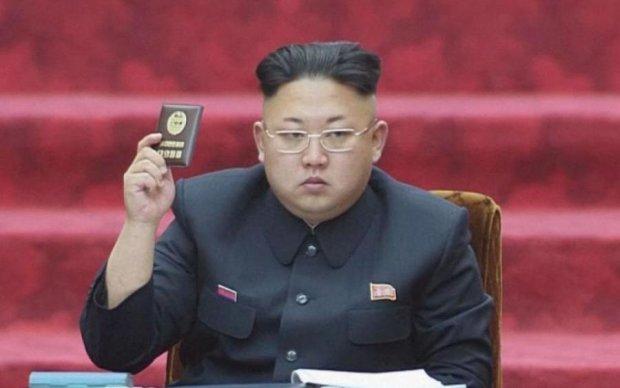 Безумный Ким и его отец готовились бежать из КНДР: фотодоказательство