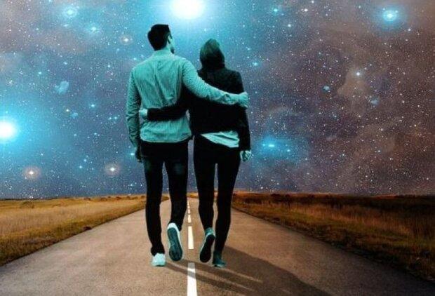 Им улыбнется Вселенная: какие знаки Зодиака распрощаются с черной полосой в сентябре