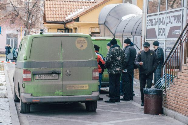 """Головне за ніч: """"банківська реформа, боржок """"Газпрома"""" вже в Україні та обезголовлена СБУ"""