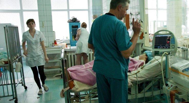 Температура під 40 і набряк горла: українців тероризує смертельна інфекція