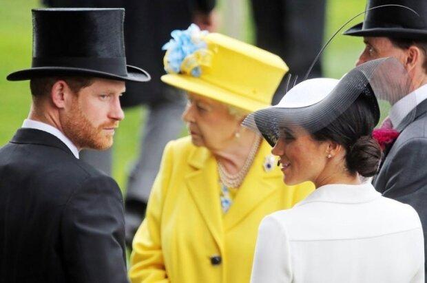 Королева Елизавета с принцем Гарри и Меган Маркл, фото: Frank Sorge/ Legion Media