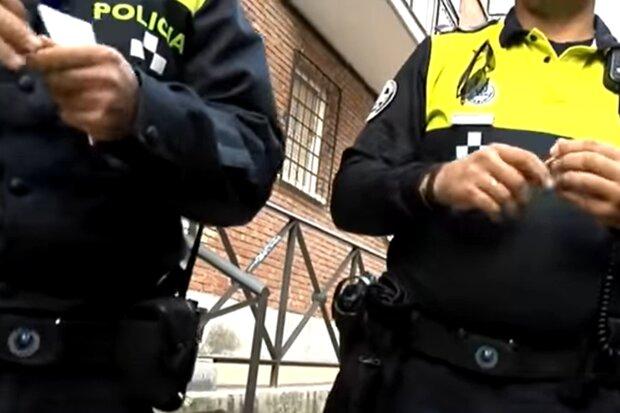 Испанская полиция, скриншот с видео