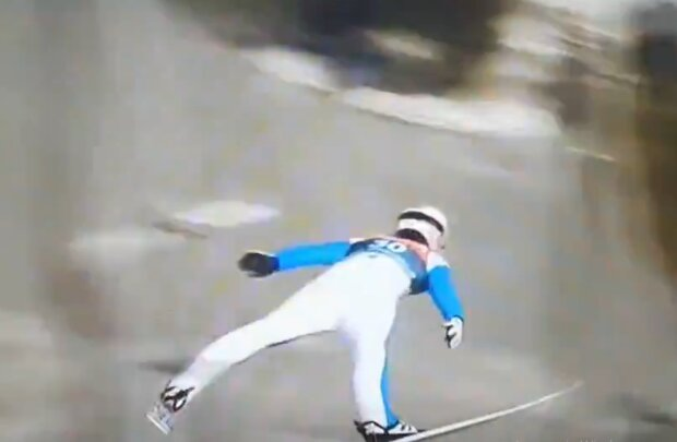 Падіння з трампліна, кадр з відео