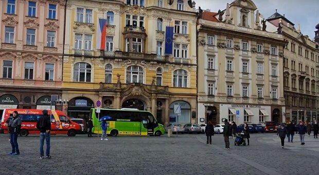 Чехія ускладнила правила в'їзду для українців - як тепер потрапити до країни празьких тортів і пива