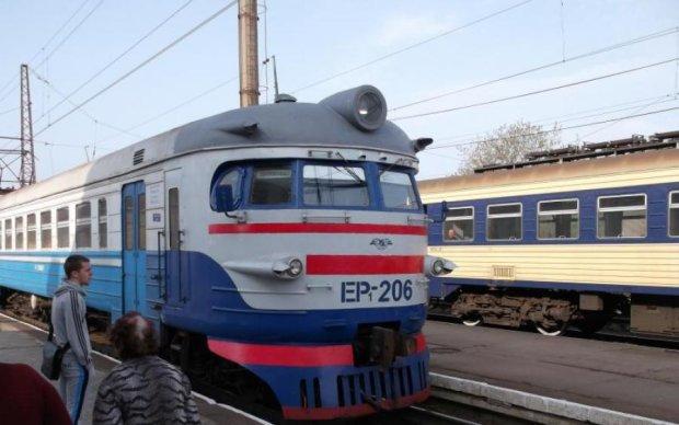 Смертельна ДТП з електричкою в Криму: з'явилося перше відео