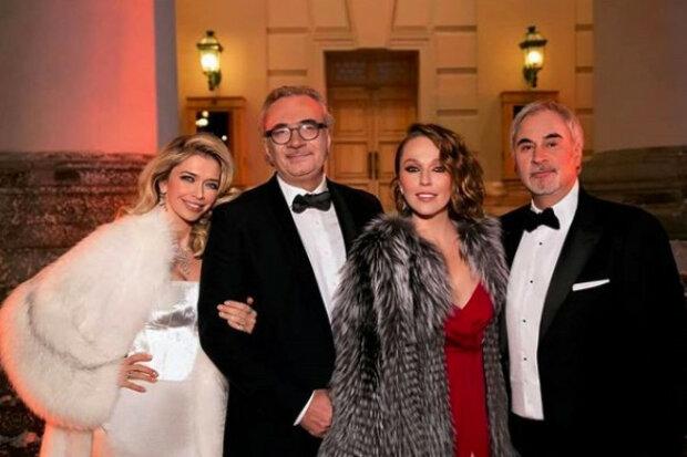 Братья Меладзе с женами, Рамблер