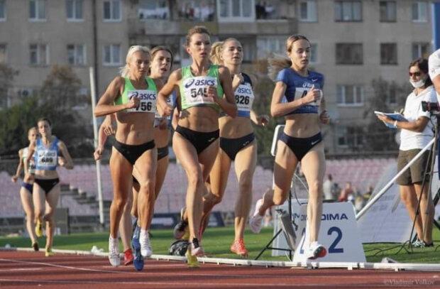 Легкоатлетки зі Львова взяли золото на чемпіонаті України, з такими ногами можна перемахнути через океан